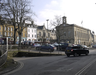 Chipping Norton in the winter sun